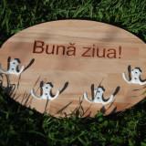 Cuier lemn hol , Buna Ziua, lemn fag masiv, mesaj text la comanda
