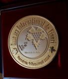 Medalie de aur - locul I - Concurs international de vinuri - Bucuresti 2004