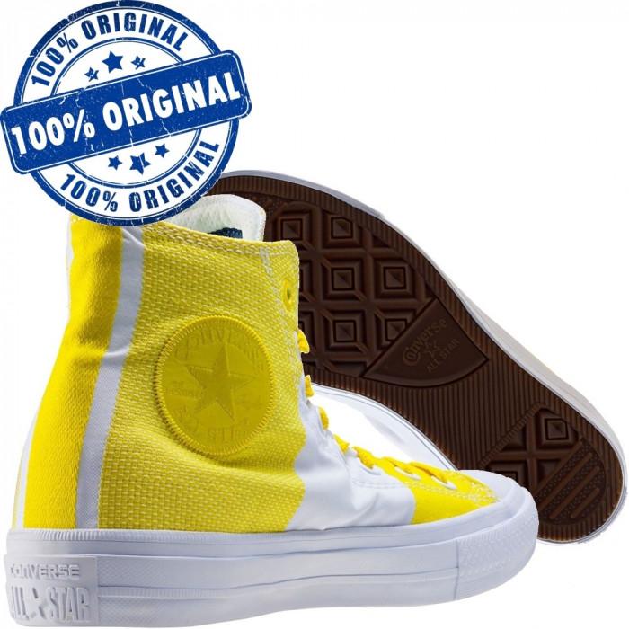 Pantofi sport Converse Chuck Taylor All Star II Hi pentru femei - tenisi panza