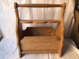 Suport vechi,francez,din lemn,pentru ziare si reviste