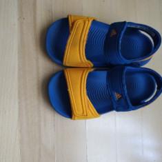 Sandale Adidas marimea 22 in stare excelenta - Sandale copii Adidas, Culoare: Albastru