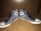Tenesi Converse, 41 1/3