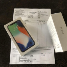 IPhone X 64GB Silver SIGILATE, originale, Garantie + Factura 24 luni - 3799ron - Telefon iPhone Apple, Argintiu