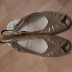 Sandale piele - Sandale dama Ara, Culoare: Bej, Marime: 37.5