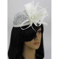 White Mesh Hat Feather Fascinator - LSH00106