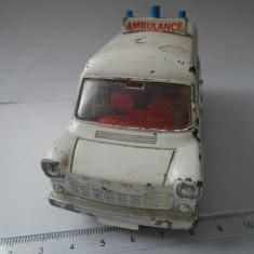 bnk jc Dinky 276 Ford Transit Ambulance