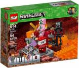 LEGO® Minecraft Lupta Nether 21139
