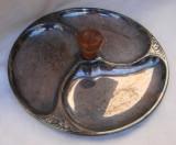 Frumoasa fructiera argintata cu maner din lemn, Fructiere