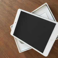 IPad Mini WiFi 64GB alb - Tableta iPad mini Apple