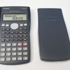 Calculator stiintific Casio FX-82MS