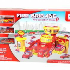 Statie de pompieri cu masinute pentru copii - Circuit educativ de jucarie