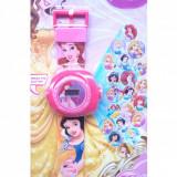 Ceas de jucarie pentru fetite cu proiectie de lumini, cu printese