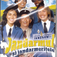 Jandarmul și jandarmerițele, DVD, Romana
