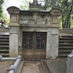 Loc veci Cimitirul Belu central figura 52 locul 1