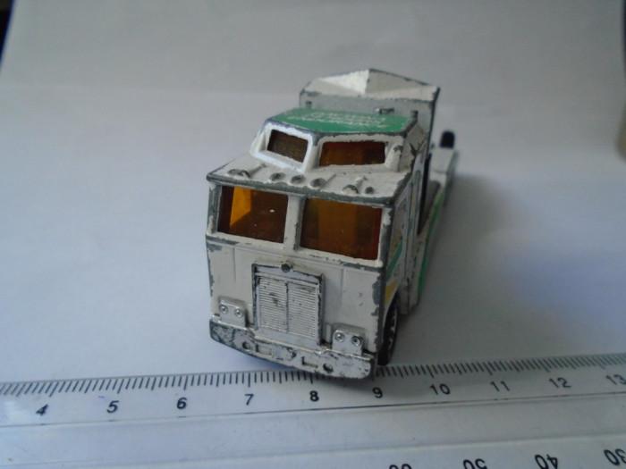 bnk jc Matchbox - Kenworth Cabover Racing Transporter - 1/90