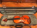 Vioara de maestrul Naggy Pál, model Stradivari 1715, Arcus semnat de Francisc Ivacson