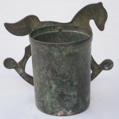 CANDELA FOARTE VECHE DE PERETE FACUTA MANUAL DIN ALAMA CU PATINA, CAL DE JUCARIE, Ornamentale