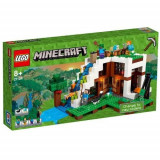 LEGO Minecraft Baza de la Cascada 21134