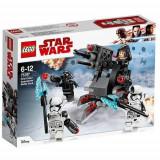 LEGO Star Wars Pachetul de lupta al Specialistilor Ordinului Intai 75197
