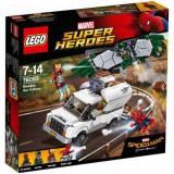 LEGO Marvel Super Heroes Atentie la Vultur 76083
