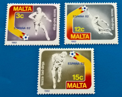 MALTA -FOTBAL-''ESPANA 82''-, serie  de 3val-MNH foto