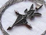 MEDALION argint CRUCE TUAREGA tribal VECHI manopera EXCEPTIONALA pe Lant argint