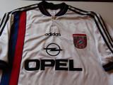 TrIcou vechi Adidas fotbal - BAYERN MUNCHEN (Germania), XL, Din imagine, De club