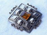 BROSA argint SPLENDIDA cu CHIHLIMBAR veche ALGERIA manopera EXCEPTIONALA superba