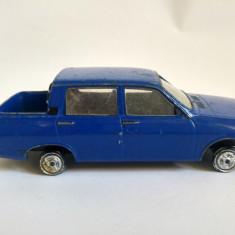 Macheta metal masina Dacia 1309, made in P.R.C., 10x4x3cm
