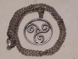 MEDALION argint TRISKELION simbol pagan CELTIC vechi SPLENDID pe Lant argint