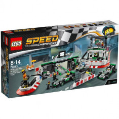Set de constructie LEGO Speed Champions Mercedes AMG Petronas Formula One Team