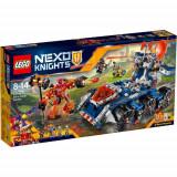 Set de constructie LEGO Nexo Knights Transportorul lui Axl