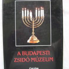 Muzeul  Evreiesc  din  Budapesta.  Albumu l prezinta  249  piese.  (iudaica)