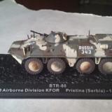 Macheta tanc BTR-80 SERBIA 1999 + revista scara 1:72