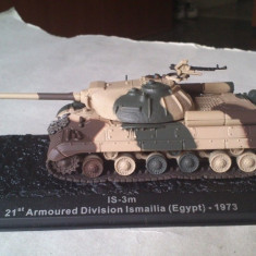 Macheta tanc IS-3m EGYPT 1973 + revista scara 1:72