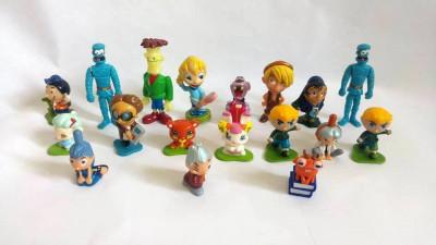 Lot 18 figurine surprise ou kinder, diverse serii foto