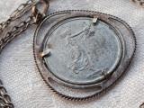 MEDALION argint FEMEIE superb VECHI patina minunata SPLENDID pe Lant argint