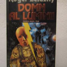 DOMN AL LUMINII- ROGER ZELAZNY