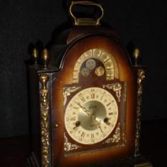 Deosebit ceas antic de semineu,birou mecanic