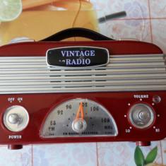 RADIO VINTAGE FM 88-108 MhZ , FUNCTIONEAZA .
