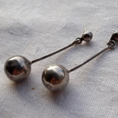 CERCEI argint LUNGI cu SFERE in capat VECHI vintage SUPERBI Tip Lacrima DE EFECT