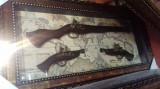 Panoplie cu pusca clasica si doua pistoale clasice