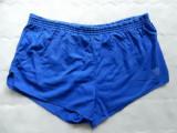Pantaloni scurti vintage Adidas Made in West Germany. Marime XL, vezi dimensiuni