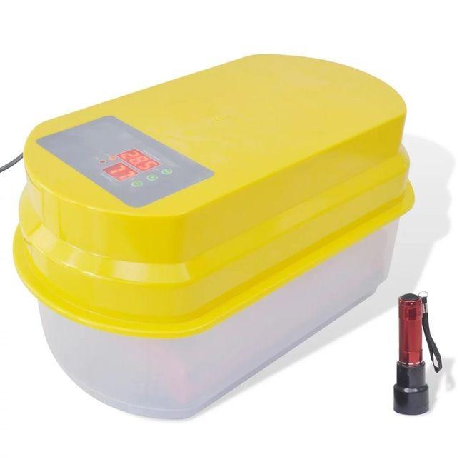 Incubator automat pentru 15 ouă de pasăre
