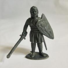 Figurina cavaler, plastic gri, 5,5 cm, China