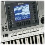 Orga pt manele YAMAHA OR700, (+ 48 de instrumente si146 de stiluri orientale)