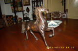 Cal bronz, Statuete