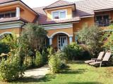 Vila Paulestiului 250 mp, 12 ari, 65 metri front, garaj, curte luxurianta