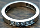 Inel platina 4,1 gr.cu 5 diamante  conform pozelor