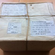 ARGILA   De  Alba - Pachet  Anii '90  ( 2 Kg )